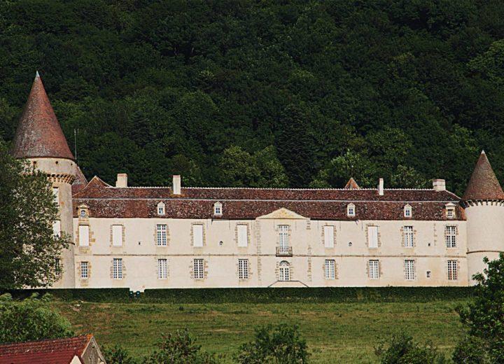 Château de Bazoches (à 10 Km de Vézelay)