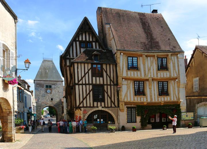 Noyers la médiévale